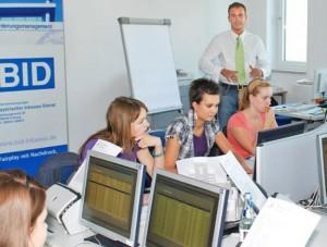 Weitere 15 Berufsanfänger: Neuer BID-Ausbildungsrekord